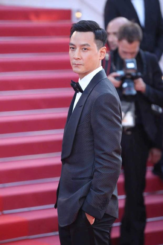 Thảm đỏ Cannes ngày 3: HLV The Face Thái Lan bất ngờ vùng lên chặt chém Bella Hadid cùng dàn mỹ nhân váy xẻ - Ảnh 25.