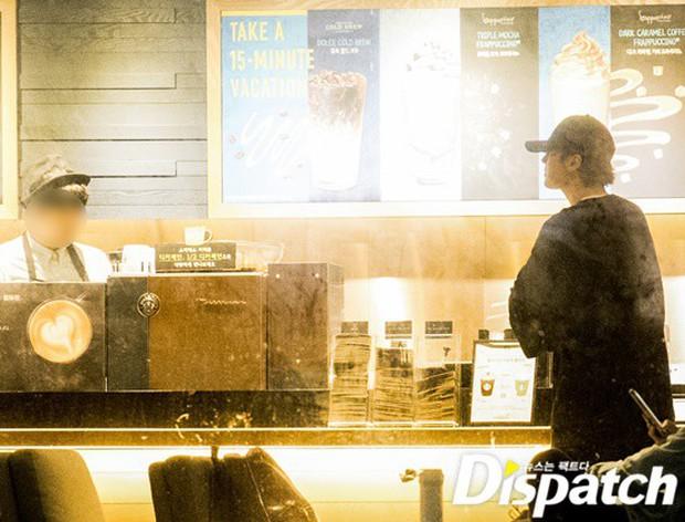 Lợi hại như Dispatch: Khui được ảnh hẹn hò của tài tử So Ji Sub với nữ thần phát thanh viên kém 17 tuổi đài SBS - Ảnh 8.