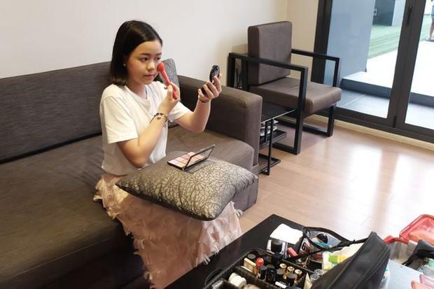 Beauty Blogger Thái Lan mua một chiếc BMW tặng bản thân nhân dịp sinh nhật thứ 12 - Ảnh 2.