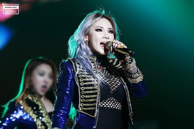 """Netizen chọn ra những """"biểu tượng girlcrush"""": Bản sao """"nữ hoàng băng giá"""" góp mặt, visual IZ*ONE lọt top dù chưa từng thử sức, ủa nhưng BLACKPINK đâu? - Ảnh 5."""