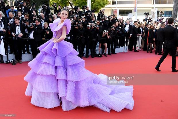 Hình ảnh thú vị: Đụng độ tại thảm đỏ Cannes, Chị đại showbiz Thái được chăm sóc nhiệt tình, lấn át cả Bella Hadid - Ảnh 5.