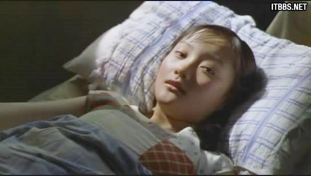 9 phim châu Á có cảnh nóng chưa đủ tuổi gây tranh cãi: Lưu Diệc Phi mới 16 tuổi, sao nhí Kim So Hyun chỉ vừa 13 - Ảnh 2.