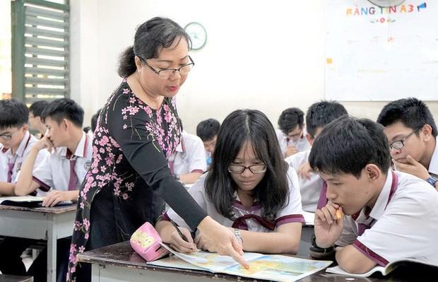 Tại sao Sở GDĐT Đà Nẵng bất ngờ quyết định bỏ thi tiếng Anh vào lớp 10? - Ảnh 1.