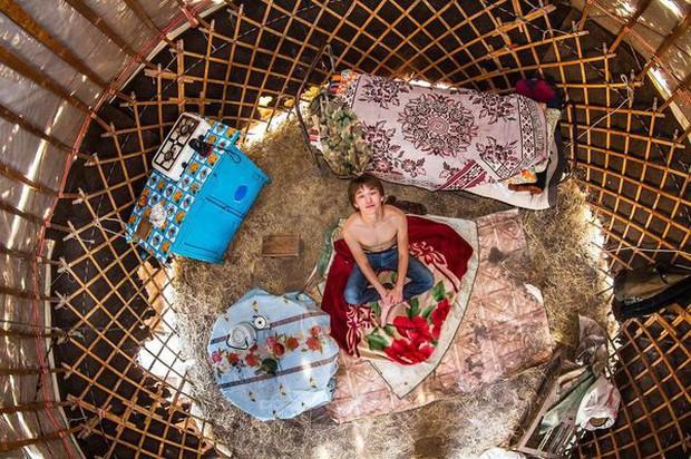 Phòng trọ của sinh viên trên thế giới: Nơi xịn sò như khách sạn 5 sao, nơi tối tăm chật chội hơn cả nhà ổ chuột tại Việt Nam - Ảnh 5.