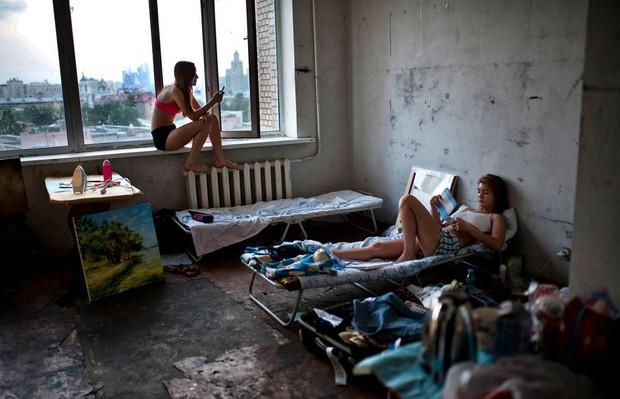 Phòng trọ của sinh viên trên thế giới: Nơi xịn sò như khách sạn 5 sao, nơi tối tăm chật chội hơn cả nhà ổ chuột tại Việt Nam - Ảnh 23.