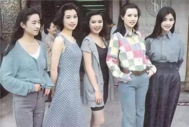 Hoài niệm quá khứ trước nhan sắc thời thanh tân rực rỡ của dàn mỹ nhân Hong Kong một thời khuynh đảo Châu Á - Ảnh 13.