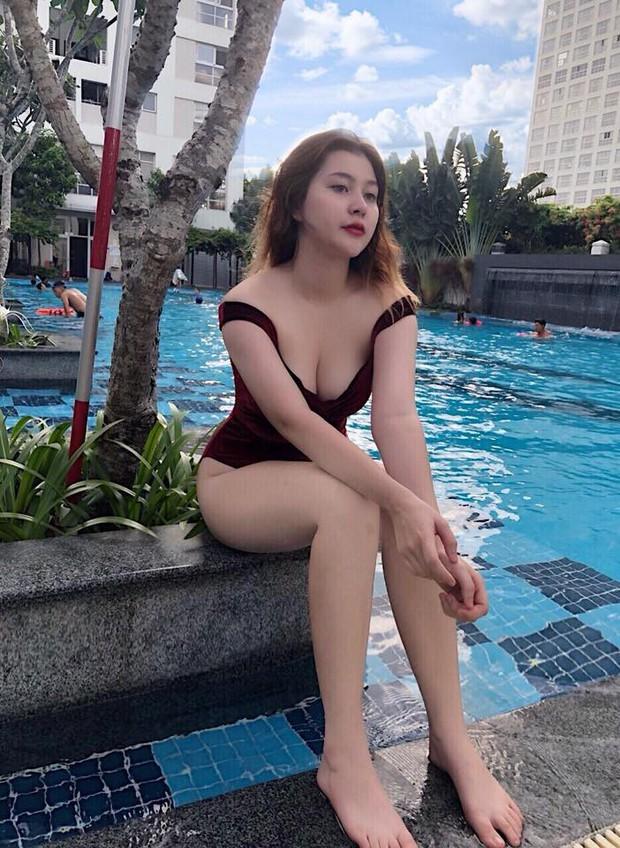 Lại phải bóc info hội gái xinh mới nổi sexy nhất Instagram: Nghe nói nắng Sài Gòn không có cửa hot bằng ha? - Ảnh 13.