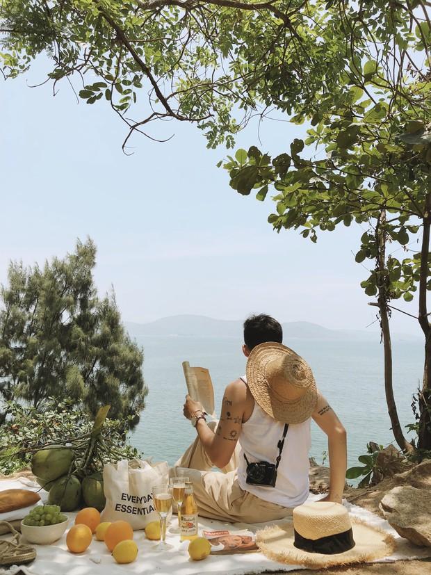 """Trai đẹp """"tung thính"""" bằng loạt ảnh check-in cực xịn khiến ai cũng trầm trồ: Thiên đường biển hot nhất hè này chính là Quy Nhơn! - Ảnh 2."""