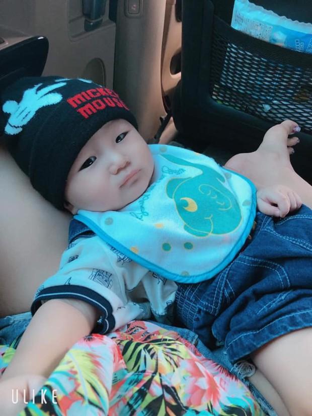 Clip con trai Lâm Khánh Chi nhún nhảy cực đáng yêu trên nền nhạc của nghệ sĩ Hoài Linh dù mới tròn 8 tháng tuổi - Ảnh 5.
