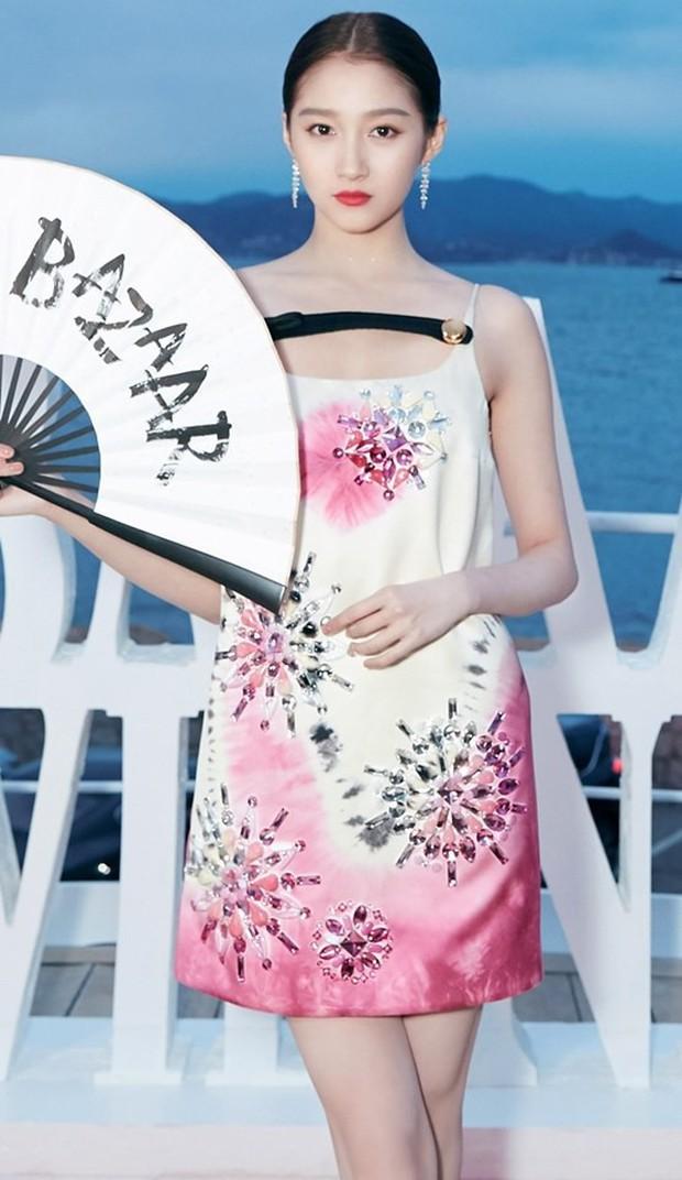 Sự kiện bên lề Cannes: Ming Xi - Sui He cạnh tranh sắc vóc khốc liệt, Lưu Đào - Quan Hiểu Đồng chẳng chịu lép vế - Ảnh 22.