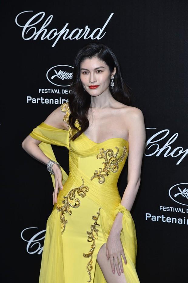 Sự kiện bên lề Cannes: Ming Xi - Sui He cạnh tranh sắc vóc khốc liệt, Lưu Đào - Quan Hiểu Đồng chẳng chịu lép vế - Ảnh 7.