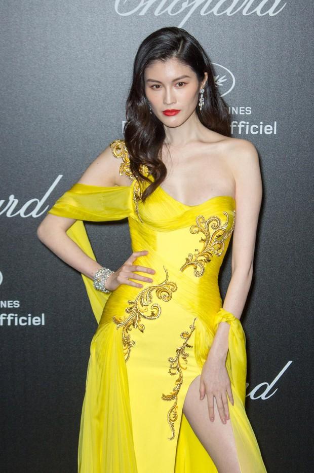 Sự kiện bên lề Cannes: Ming Xi - Sui He cạnh tranh sắc vóc khốc liệt, Lưu Đào - Quan Hiểu Đồng chẳng chịu lép vế - Ảnh 8.