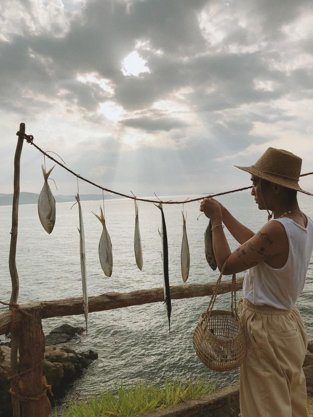 """Trai đẹp """"tung thính"""" bằng loạt ảnh check-in cực xịn khiến ai cũng trầm trồ: Thiên đường biển hot nhất hè này chính là Quy Nhơn! - Ảnh 9."""