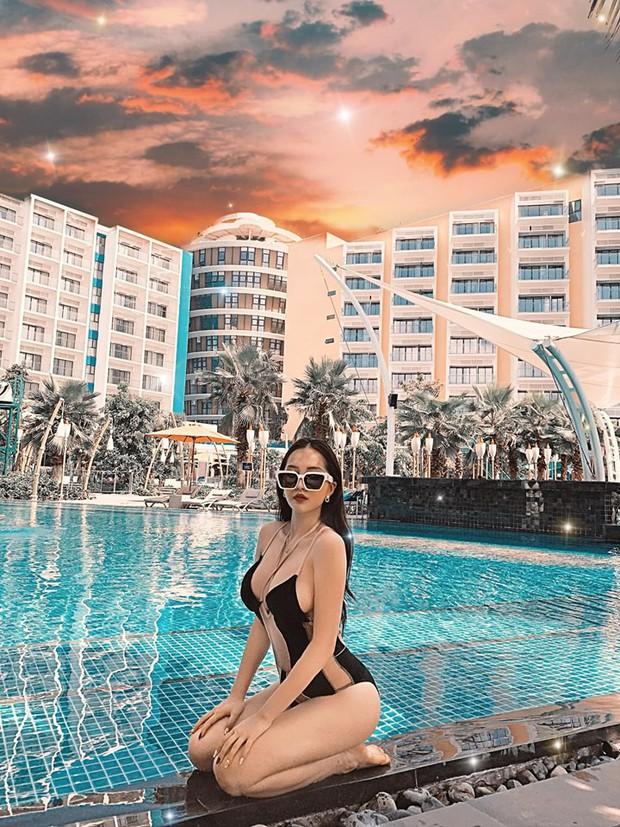 Lại phải bóc info hội gái xinh mới nổi sexy nhất Instagram: Nghe nói nắng Sài Gòn không có cửa hot bằng ha? - Ảnh 31.