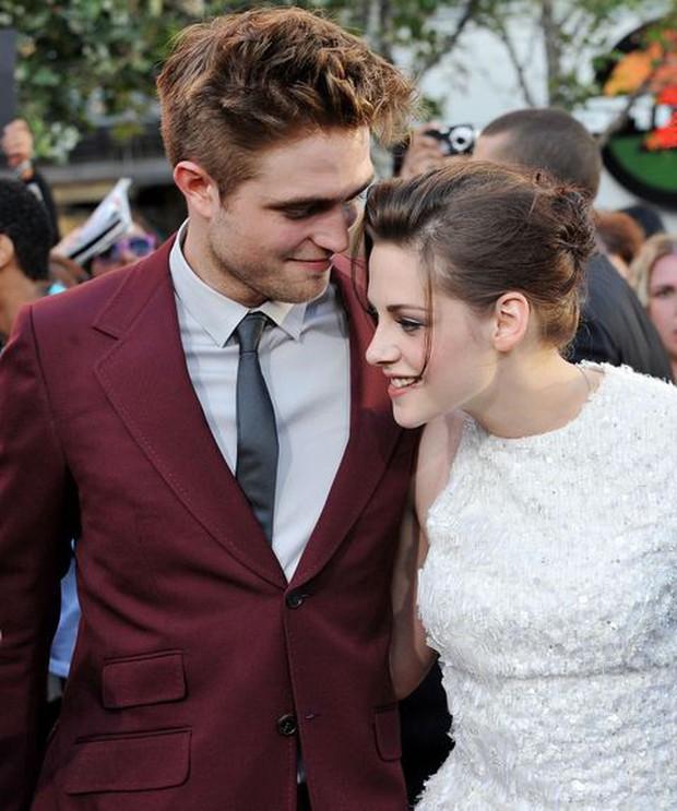 Từ Ma Cà Rồng đến Người Dơi, Robert Pattinson đã dùng 11 năm để phản công bạn gái cũ - Ảnh 16.