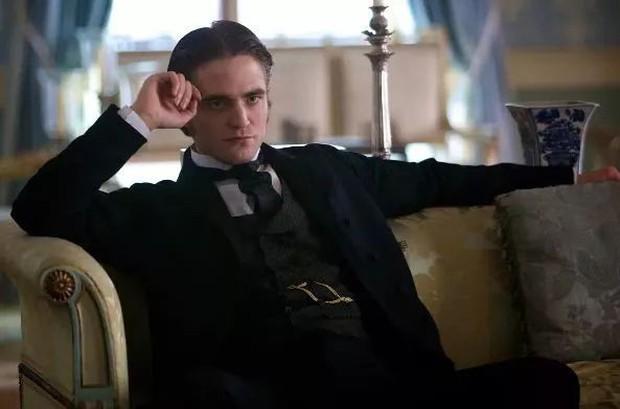 Từ Ma Cà Rồng đến Người Dơi, Robert Pattinson đã dùng 11 năm để phản công bạn gái cũ - Ảnh 10.