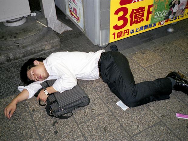 Làm việc đến chết - nỗi ám ảnh khôn nguôi và mảng màu u tối đến đáng sợ trong xã hội đầy tính kỷ luật ở Nhật Bản - Ảnh 11.
