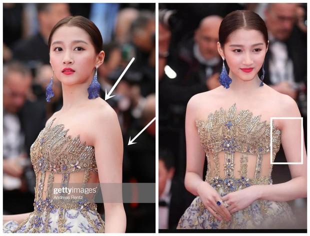 Bóc mẽ 2 mỹ nhân Cbiz tại Cannes: Quan Hiểu Đồng trát phấn loang lổ, lộ bắp tay to, Lưu Đào make up như doạ ma - Ảnh 5.
