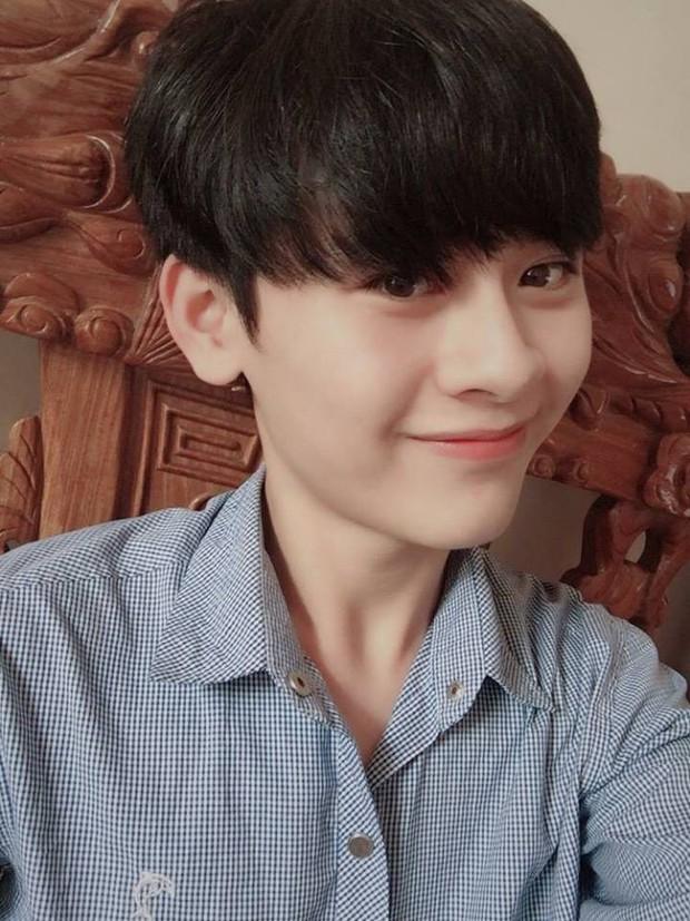 Trai đẹp cuồng Doraemon, profile phải ghi chú thích con gái vì lí do này - Ảnh 10.