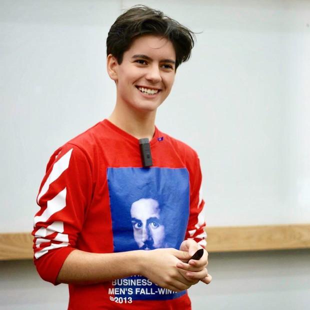 CEO trẻ nhất nước Anh: Sinh năm 2005, sở hữu combo đẹp trai và tài năng khiến người khác ngưỡng mộ hết nấc - Ảnh 7.