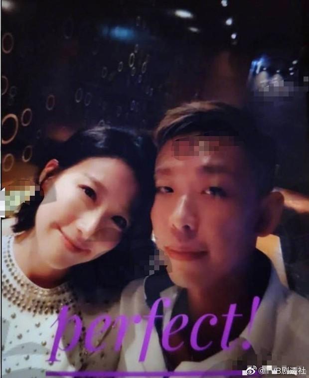 Thêm vụ ngoại tình gây chấn động: Mỹ nhân Hong Kong lộ ảnh giường chiếu với chồng của bạn thân - Ảnh 2.