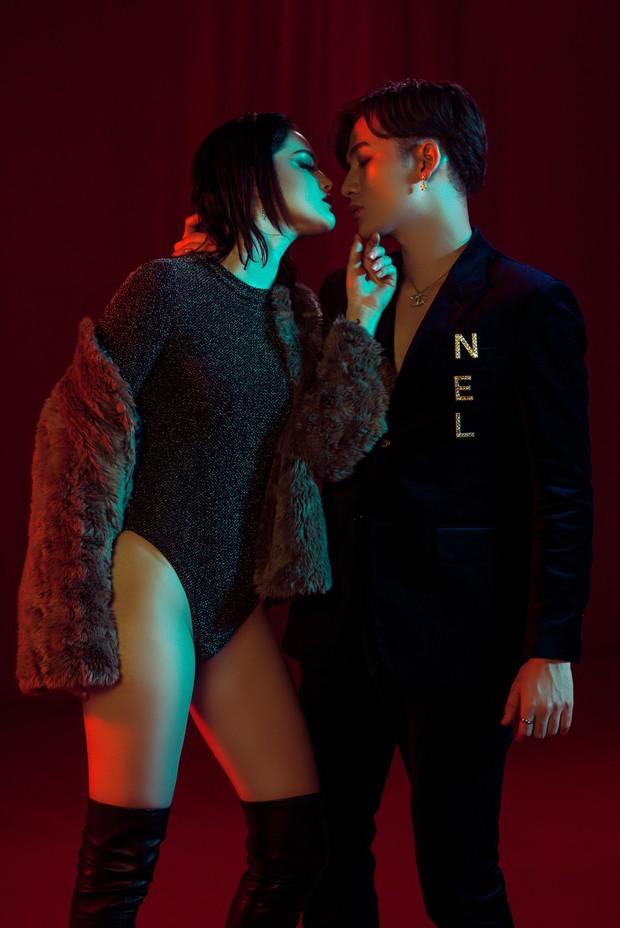Ali Hoàng Dương đóng cặp cùng người mẫu hao hao Selena Gomez trong MV mở màn album đầu tay - Ảnh 3.