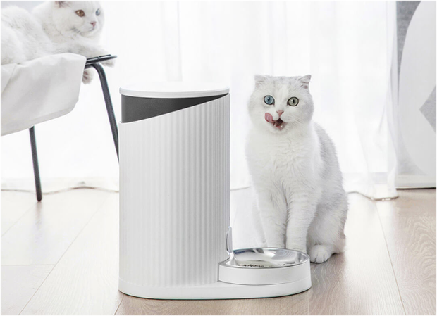 Xiaomi ra mắt máy cho thú cưng ăn, giá 650.000 đồng - Ảnh 1.