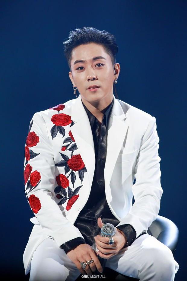 Chú idol đanh đá nhất showbiz Hàn: Tự nhận thứ 2, thánh khẩu nghiệp Heechul cũng không dám đứng nhất - Ảnh 1.