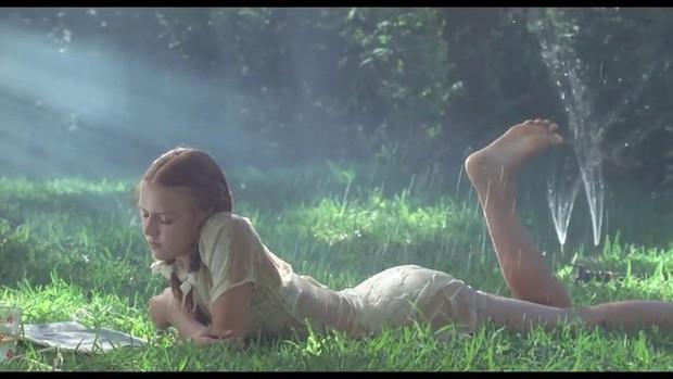 Vụ nữ diễn viên 13 tuổi đóng cảnh nóng phim Vợ Ba gây tranh cãi: Hãy xem Hollywood quy định ra sao? - Ảnh 3.