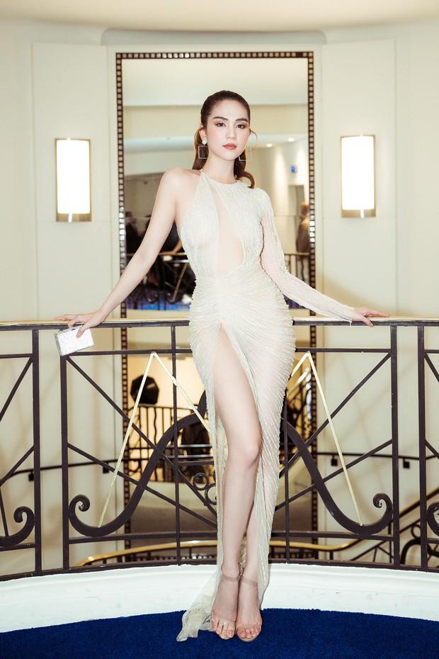 Ngọc Trinh diện váy mỏng tang, đọ sắc cùng Priyanka Chopra, thiên thần Victorias Secret tại Cannes - Ảnh 1.