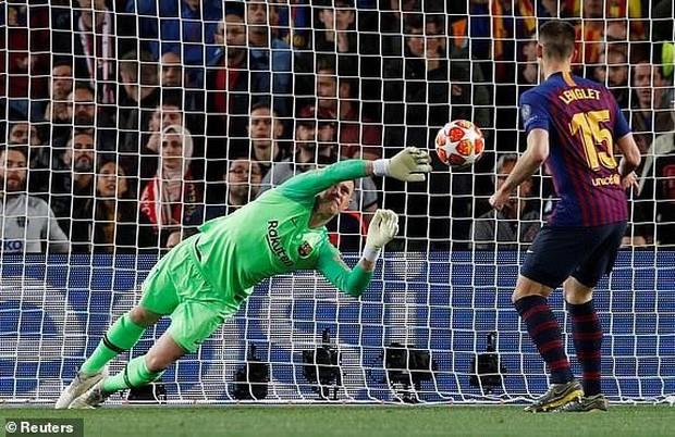 Cận cảnh những cơ hội bị bỏ lỡ đáng tiếc khiến Liverpool trả giá đắt - Ảnh 8.