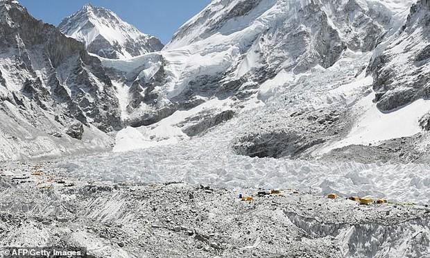 IUCN cảnh báo: Phân nửa di sản thế giới có sông băng làm biểu tượng sẽ biến mất vĩnh viễn vào cuối thế kỷ 21 - Ảnh 4.