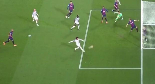 Cận cảnh những cơ hội bị bỏ lỡ đáng tiếc khiến Liverpool trả giá đắt - Ảnh 2.