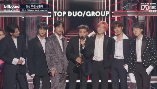 Chấn động: BTS đánh bại tất cả các đối thủ sừng sỏ, lập nên kì tích trăm năm có một tại Billboard Music Awards! - Ảnh 3.