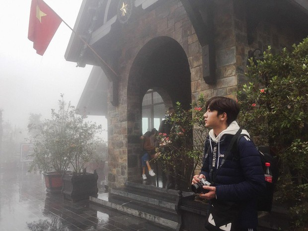 Không phải idol Hàn đang ký tặng fan đâu, đây là sinh viên ngành IT sinh năm 2000 được xin info tích cực đấy! - Ảnh 8.