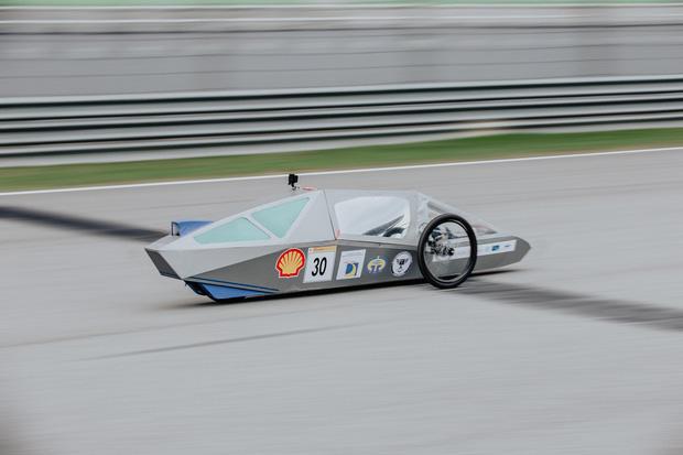 Tường thuật: Rạng danh sinh viên Việt trên đường đua tầm cỡ thế giới: 5 mẫu xe tiết kiệm nhiên liệu tranh tài với gần 100 đội thi - Ảnh 10.