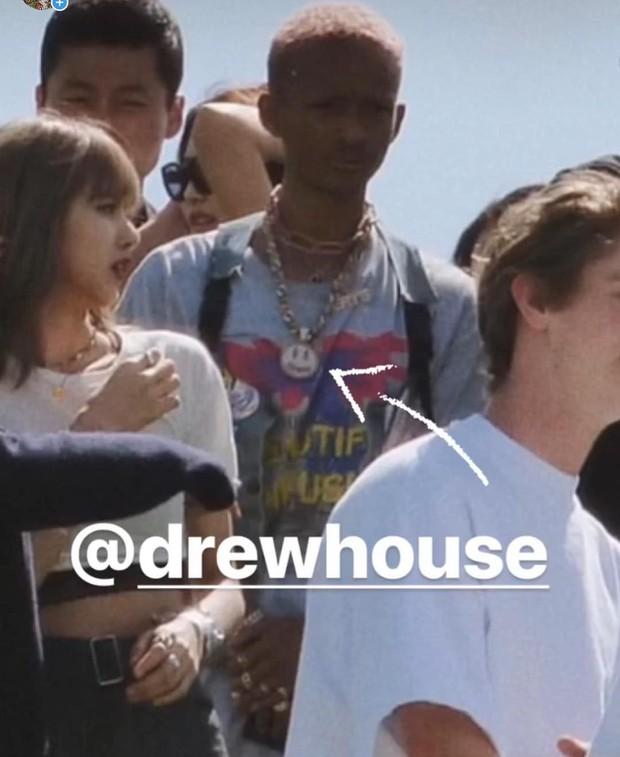 Justin Bieber chính thức follow Lisa (BLACKPINK) trên Instagram, tất cả là nhờ tình huống dở khóc dở cười này - Ảnh 3.