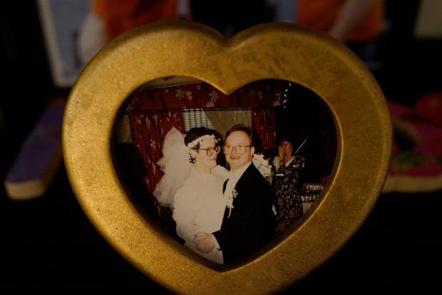 Cặp vợ chồng mắc hội chứng Down kề cận bên nhau suốt 25 năm, vượt qua mọi sóng gió và chỉ chia xa khi người chồng qua đời - Ảnh 5.