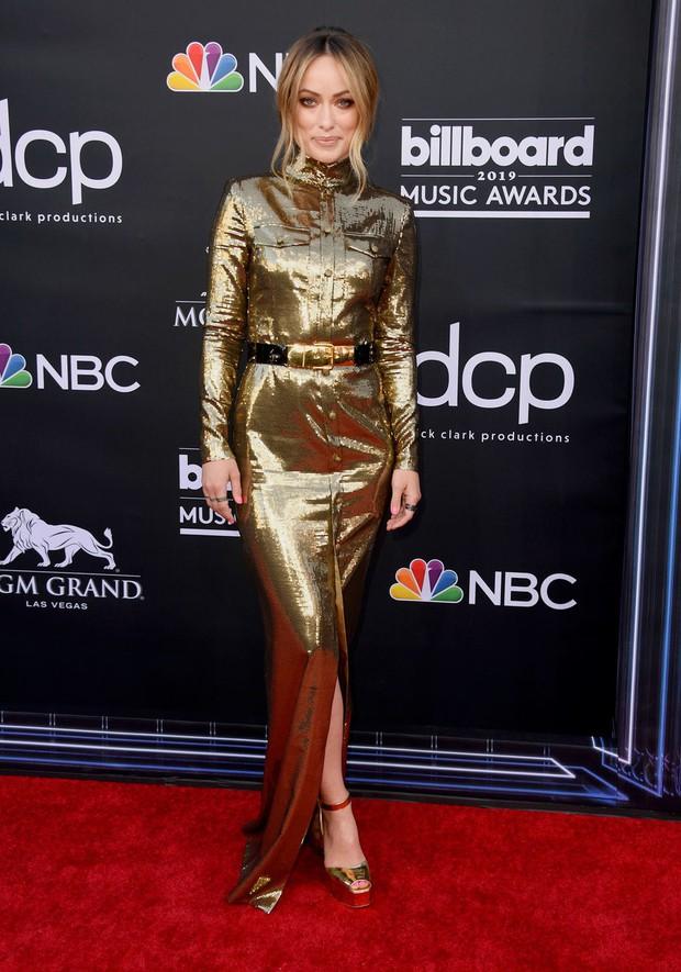 Thảm đỏ Billboard 2019: Taylor Swift sến sẩm bị dàn mỹ nhân ngực khủng át vía, BTS lột xác quyền lực bên quân đoàn sao - Ảnh 24.
