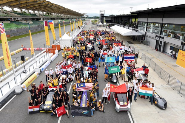 Tường thuật: Rạng danh sinh viên Việt trên đường đua tầm cỡ thế giới: 5 mẫu xe tiết kiệm nhiên liệu tranh tài với gần 100 đội thi - Ảnh 1.