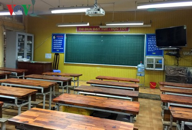 """Tai nạn ở hầm Kim Liên: Nghẹn lòng khi học sinh hỏi """"Ai dạy chúng con"""" - Ảnh 1."""
