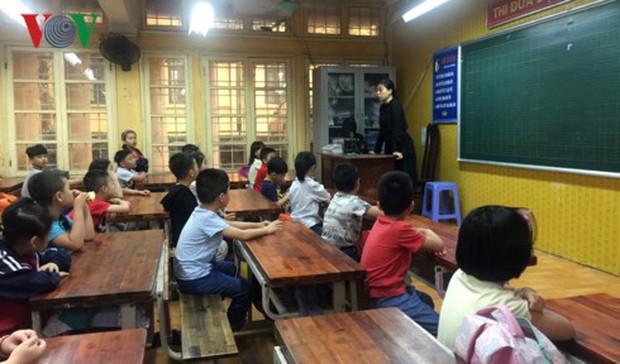 """Tai nạn ở hầm Kim Liên: Nghẹn lòng khi học sinh hỏi """"Ai dạy chúng con"""" - Ảnh 3."""