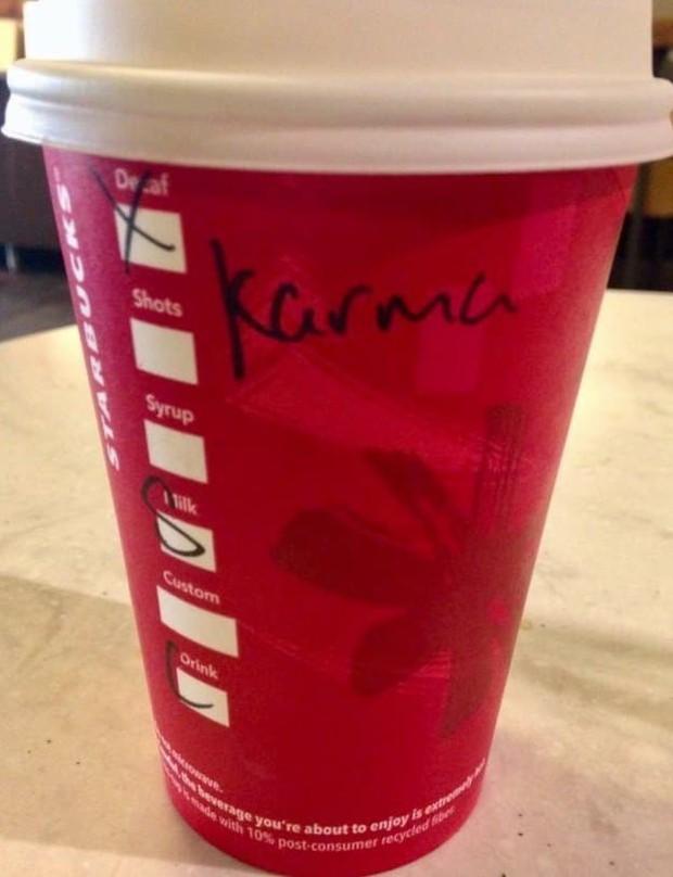Ghi nhầm tên khách là quả báo, đồng trinh, Starbucks gây cười đến mức khách hàng muốn giận cũng giận không nổi - Ảnh 4.