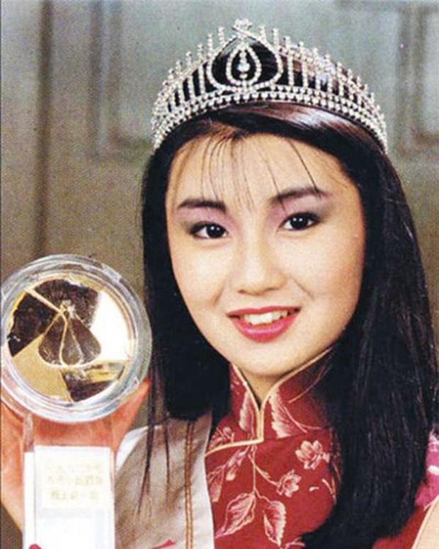 Không phải Phạm Băng Băng, đây mới là 3 nữ minh tinh Hoa Ngữ lừng danh nhất CANNES, số 2 đã đi thảm đỏ 17 lần! - Ảnh 18.