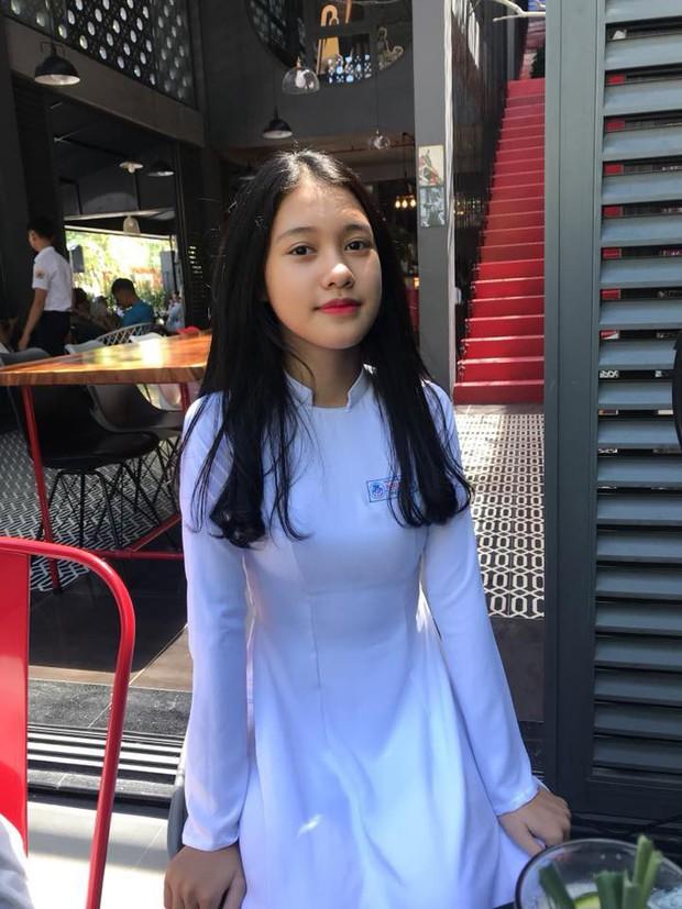 Mặc áo dài vẫn ngút ngàn thần thái, hội gái xinh liên tục khiến dân mạng Việt liêu xiêu, báo Trung thì hết lời ca ngợi - Ảnh 10.