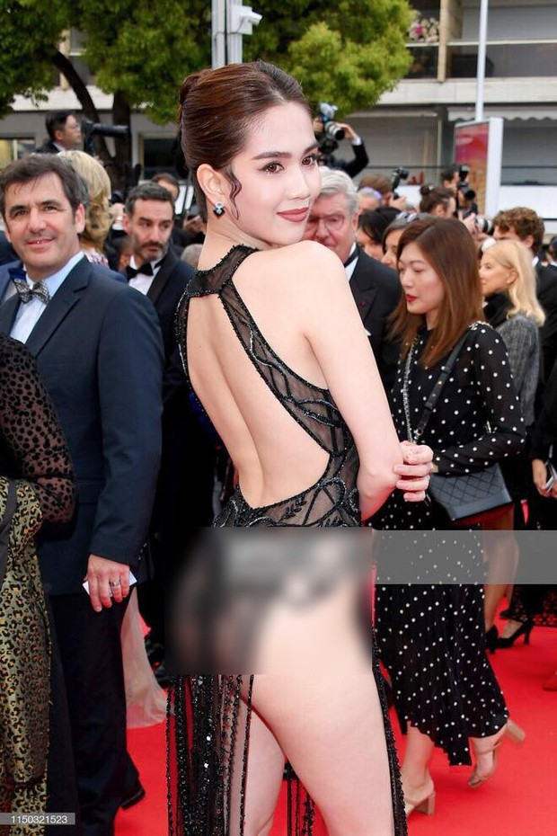 Ngọc Trinh lần đầu đi thảm đỏ Cannes đã gây sốc với trang phục hở hang nhức mắt, khoe thân quá đà - Ảnh 3.