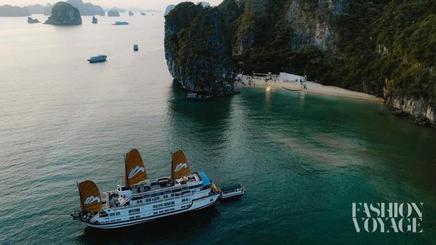 Khám phá hòn đảo mới toanh ở Hạ Long vừa diễn ra fashion show đình đám: Lên hình đẹp đến choáng ngợp, mất 2,5 tiếng để di chuyển bằng tàu! - Ảnh 10.