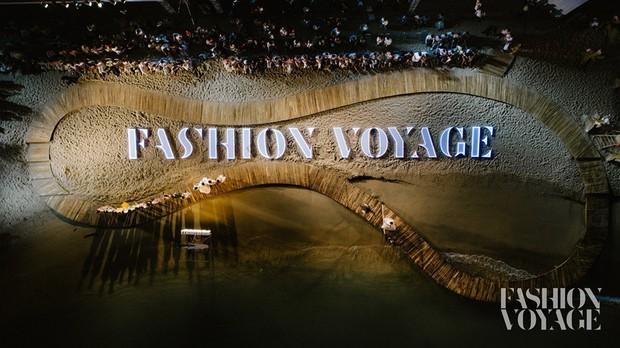 Trình diễn trên đảo hoang sơ, Fashion Voyage có những khoảnh khắc đẹp nín thở, tôn trọn vẹn vẻ đẹp kỳ quan của Vịnh Hạ Long - Ảnh 5.