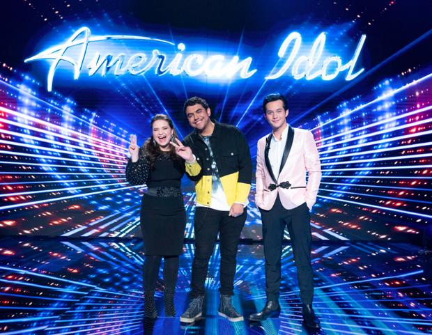 Thi cho... vui mà ẵm luôn ngôi Quán quân American Idol, ai may mắn hơn anh chàng này? - Ảnh 1.