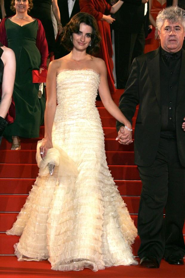30 màn thả dáng có thần thái đi vào huyền thoại Cannes: Không cần trò vạch, phơi lồng lộn vẫn chiếm trọn spotlight! - Ảnh 9.